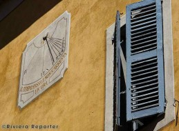 Sundial in a village on the French Riviera