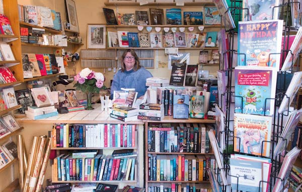Inside the English Book Centre with Lin Wolff